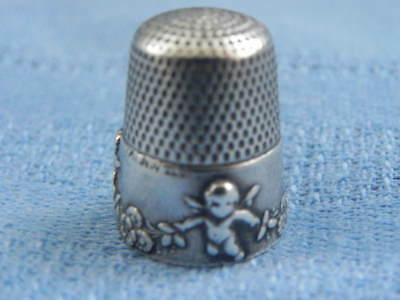 Sterling Silver Thimble With Cherubs In Relief Size 8 Patent Nov 21, 1901