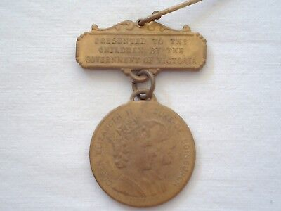 Collectable Vintage 1954 Royal Visit Medal Pin Presented to Children By Vic Govt