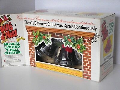 VTG Xmas 1980 Lighted Bells Of Noel By Carolites Musical 3-Bell Cluster in box