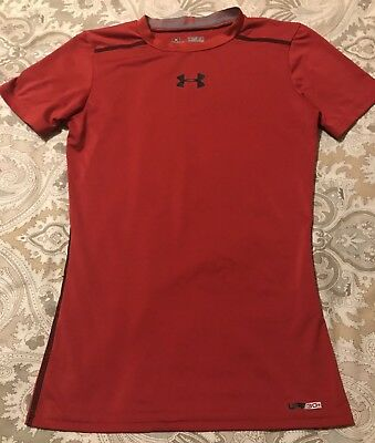 Under Armour Youth Boys Medium HeatGear Fitted Red Short Sleeve Shirt