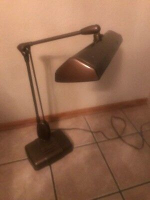 VINTAGE DAZOR P2324 INDUSTRIAL ARTICULATED FLOATING ARM DESK DRAFTING LAMP Brown