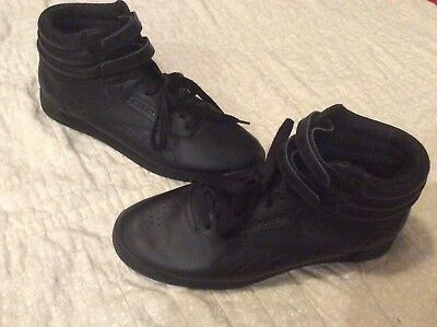 4049f2960a123 REEBOK CLASSIC HIGH TOP SNEAKERS VINTAGE RETRO 80s 90s WOMENS SIZE 9. BLACK