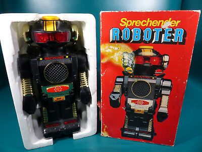 Good Play / Quelle Talking Robot - Hong Kong Space Toy - in Box