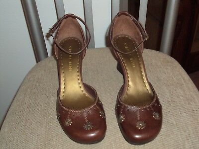 de2c6e79150 GIANNI BINI WOMENS Ankle Strap Brown Leather Wedge Heels Size 8.5 M ...