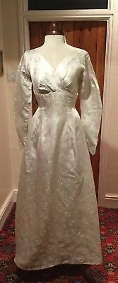 VINTAGE 1940's/50's SILVER BROCADE WEDDING DRESS