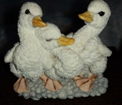 Collectable figurines Country Artists, CA 702, Companion - Ducklings W
