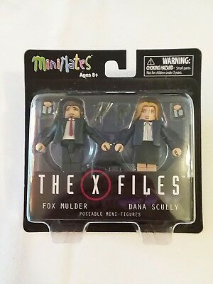 The X Files Fox Mulder Dana Scully MiniMates Poseable Mini-Figures