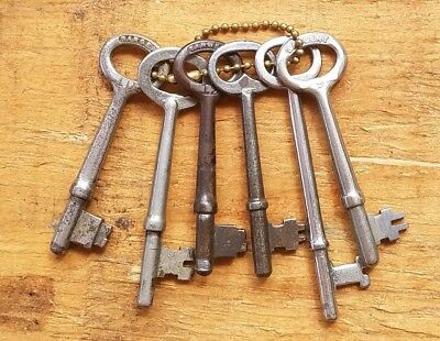 ANTIQUE STEEL SARGENT KEYS - Vintage Lot of 6 Solid Barrel SKELETON KEYS