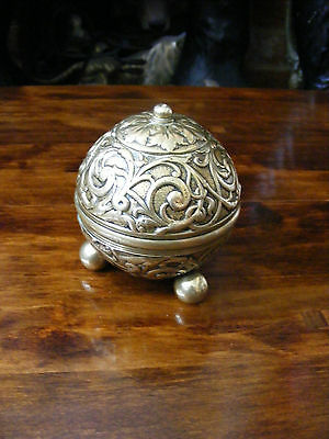 Vintage Decorative Carved Brass Ball Bowl Box on Three Ball Feet Twisted Lid