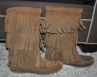 GUC-Womens Minnetonka Brown Suede Leather Fringe Mid Calf Moccasin Boots-sz 7.5