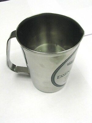 Vollrath #9516 Stainless Steel 16 Oz / 500 CC / 1/2 Quart Measuring Cup