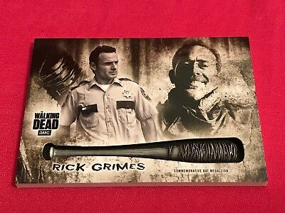 Topps Walking Dead Hunters & Hunted Weapon Medallion Card MB-AL Rick Grimes Bat
