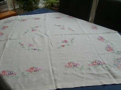 "VINTAGE/RETRO (30S/50s)  MED RECTANGLE ""PASTEL FLORAL""  EMBROIDERED TABLECLOTH"