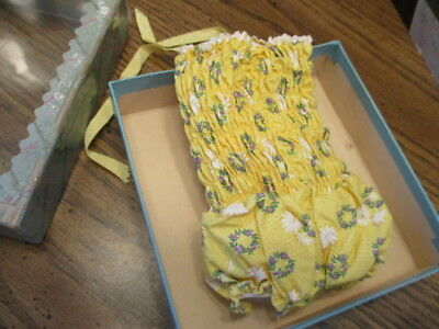 HTF  MIB Madame Alexander 1950's CISSY Doll's YELLOW BATHING SUIT