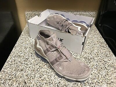 Nike Air Vapormax Flyknit FK Utility MOON PARTICLE AH6834 205 Size 11 NO BOX LID