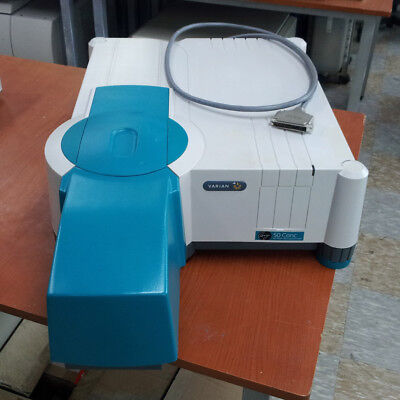VARIAN Cary 50 Conc UV-Visible Spectrophotometer