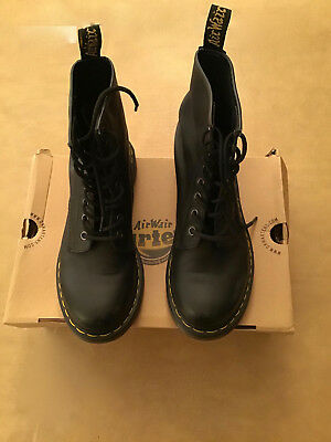 0280b05a684 WOMEN'S DOC DR Martens 1460 Combat Boot Black Smooth Nappa Leather 11821002  Sz 7