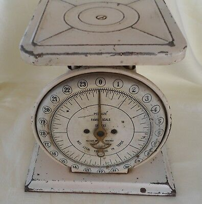 Vintage Antique Pelouze Family Scale Farm Kitchen 24 Lb  Metal