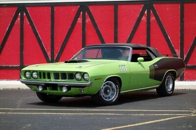 1971 Barracuda / Cuda -ROTISSERIE CONVERTIBLE-2017-426 HEMI-MANUAL PISTO ub Lime Green Plymouth Barracuda / Cuda with 5 Miles available now!