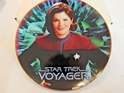 Star Trek Voyager Captain Kathryn Janeway Limited Collector Plate