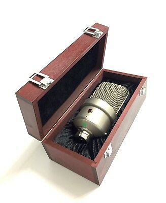 Wooden Box for Vintage Neumann M49 / M50 Microphones // B-Stock