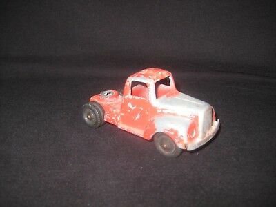 Diecast Metal TOOTSIETOY red Semi Truck Cab Chicago 24 Vintage Toy