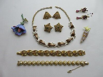 Vintage Lot Of Jewelry Signed Art, Necklace, Bracelets, Brooches, Earrings