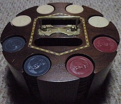 Vintage  Antique  Golfer  Poker  Chip  Set
