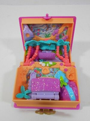 Vintage 1995 Polly Pockets Glitter Island Mini Story Book Bluebird Toy Compact