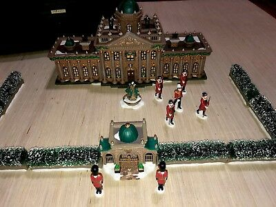 """DEPT 56 DICKENS VILLAGE """"RAMSFORD PALACE"""" ( #15,111 OF 27500) W/ Extras"""