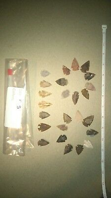 Huge Lot of 25pcs of Arrowheads / Bow Points Various Shapes and Materials