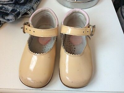 Baby Girls Spanish Shoes Infant Size 4