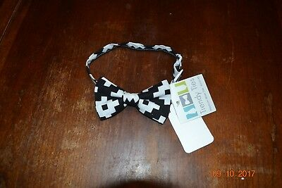 Trendy Ties adjustable black and white bow tie 6 mos-4 yrs
