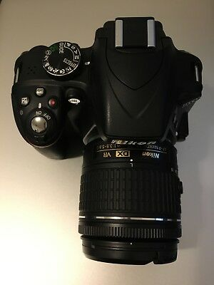 Nikon D3300 DSLR 24.2MP Camera With 18-55mm Lens Excellent (w. 16GB SD card)