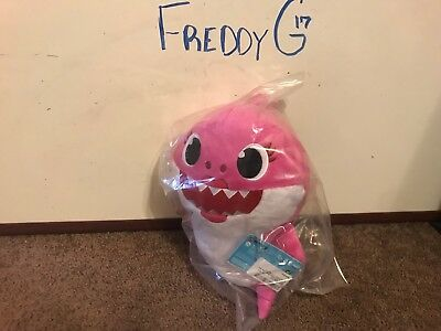 Pinkfong Baby Shark Official Song Doll Pink Mommy Shark 2018 WowWee IN HAND
