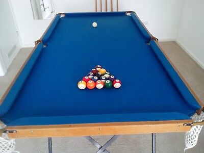 Pool, Snooker Table in Good Condition 188cm x 97cm. Approx 6ft x 3ft Foldable l