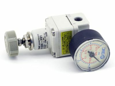 Smc IR1000-F01 Precision Regulator Pneumatic Präzisions-druckregler Manometer