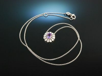 Noble Violet! Traumhaftes Anhänger Collier Weiss Gold 750 Amethyst Diamanten
