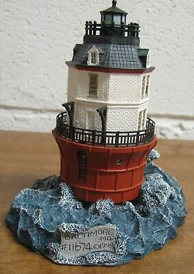 1999 Baltimore Maryland #524 Lighthouse Harbour Lights Society Exclusive