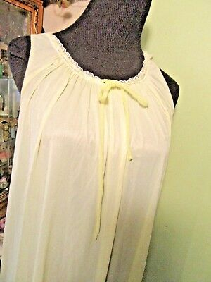 Miss Elaine Gold Label Long Nightgown Lite Yellow Size Small