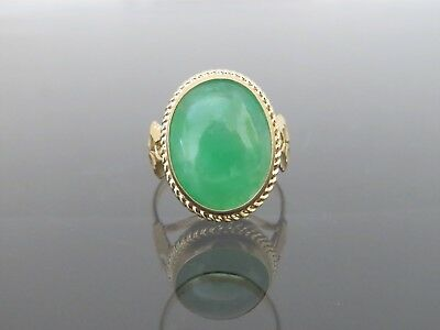 18K Solid Yellow Gold Oval Green Jadeite Jade Ring Size 8.75