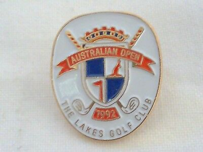 Vintage Collectable Australian Open The Lakes Golf Club Members Badge Pin