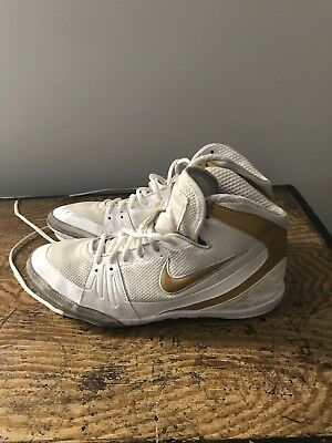 44d36001fb8 NIKE FREEK WRESTLING Shoes Size 10.5 White Gold - Great Condition ...