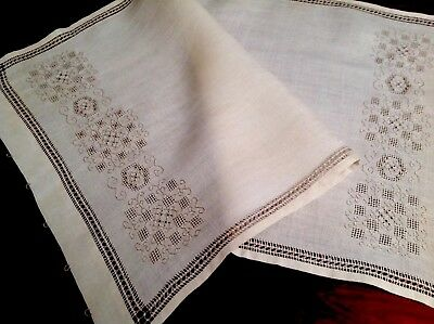 """Vintage Hand Embroidered Cream & Taupe Linen Table Centre Runner Cloth 32x17"""""""