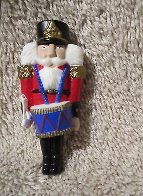 "Christmas Jewelry Plastic Pin Brooch Soldier with Drum 2"" tall"