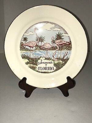 State of Florida Souvenir Plate with Iconic Pink Flamingos / Everglades