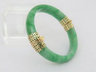 Vintage 18K Solid Gold Green, White Jadeite Jade Hinged Bangle Bracelet 51.5MM