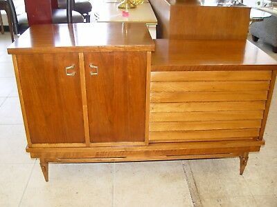 Lane Vintage Mid Century Cedar Chest