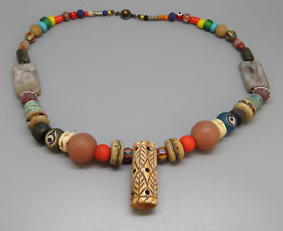 (kB449) Tibet tribal Necklace  Old mixed trade beads (glass, stone, shell)