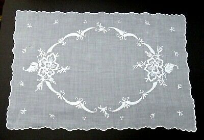 Vtg Madeira Embroidery Organdy Placemat Tray Liner Centerpiece, Floral Hand Work